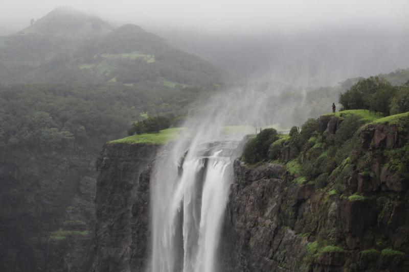 Visit the Beautiful Scenic Bhandardara
