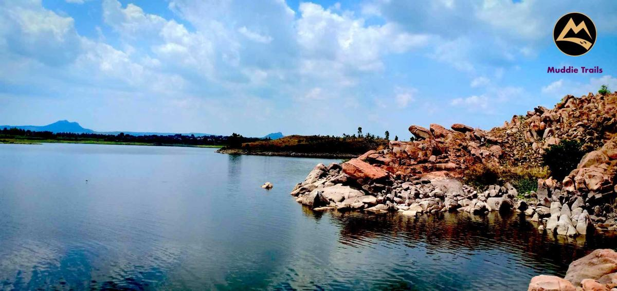 Kunti Betta Hike & Thonnur Lake Dip | Muddie Trails
