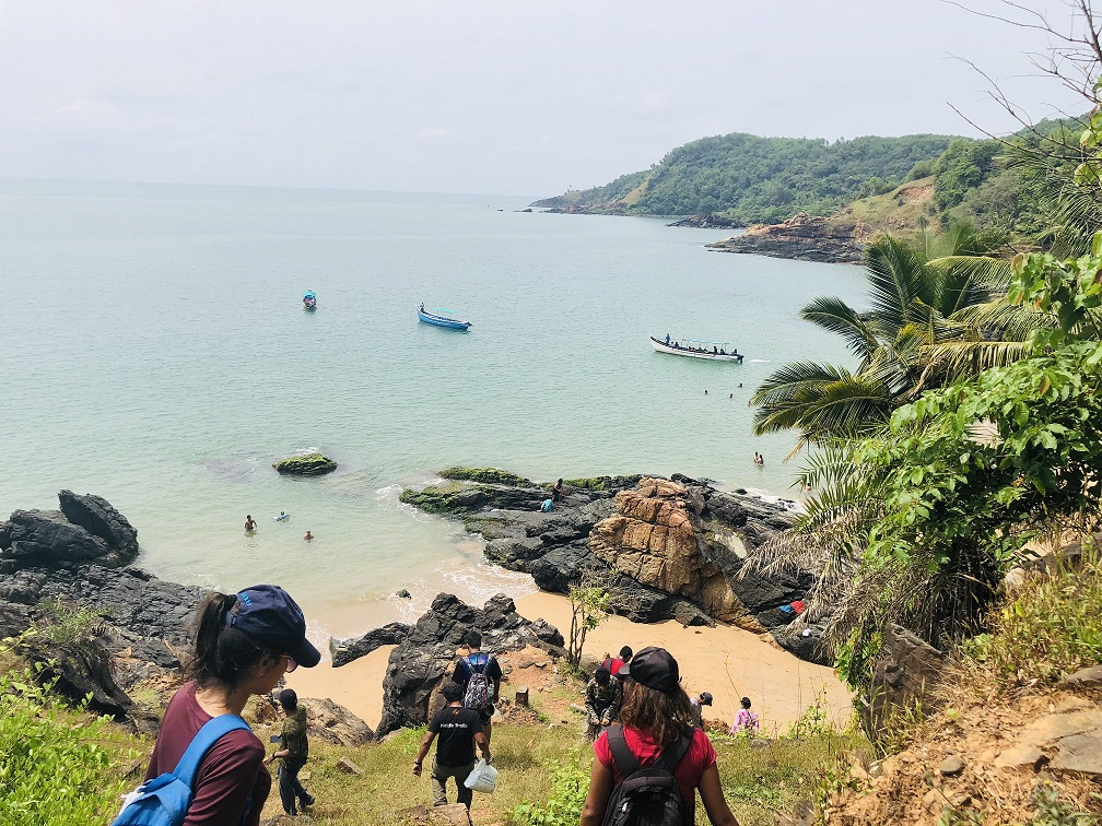 Dec 8,9: Gokarna Beach Trek with Vibhooti Waterfalls, Yana Rocks | By Muddie Trails