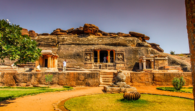Heritage Trip to Hampi and Badami with Archaeologist